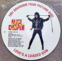 Cover Alice Cooper - Love's A Loaded Gun