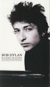 Cover Bob Dylan - Radio Radio - Theme Time Radio Hour Volume 1