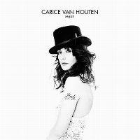 Cover Carice van Houten - Emily
