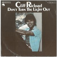 Cover Cliff Richard - Don't Turn The Light Out