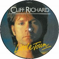 Cover Cliff Richard - Little Town