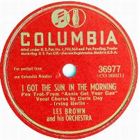 Cover Doris Day / Les Brown And His Orchestra - I Got The Sun In The Morning