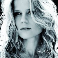 Cover Ilse DeLange - Beautiful Distraction