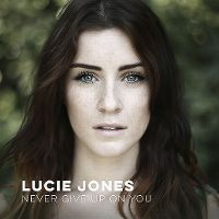 Cover Lucie Jones - Never Give Up On You