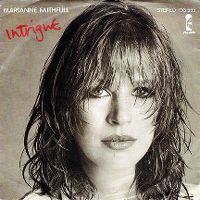 Cover Marianne Faithfull - Intrigue