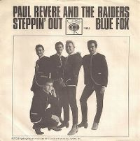Cover Paul Revere & The Raiders - Steppin' Out
