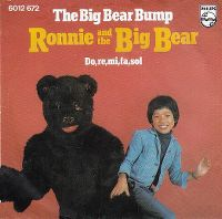 Cover Ronnie And The Big Bear - The Big Bear Bump