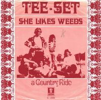 Cover Tee Set - She Likes Weeds