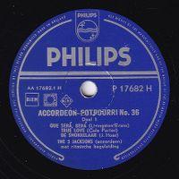 Cover The 3 Jacksons - Accordeon potpourri no. 36