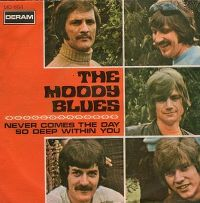 Cover The Moody Blues - Never Comes The Day