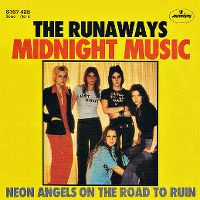 Cover The Runaways - Midnight Music