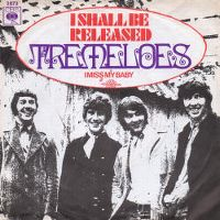 Cover The Tremeloes - I Shall Be Released