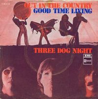 Cover Three Dog Night - Out In The Country