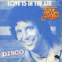 Cover Tom Jones - Love Is In The Air