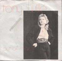 Cover Tony Willé - Out Of Reach