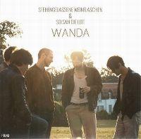 Cover Wanda - Stehengelassene Weinflaschen
