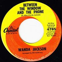 Cover Wanda Jackson - Between The Window And The Phone